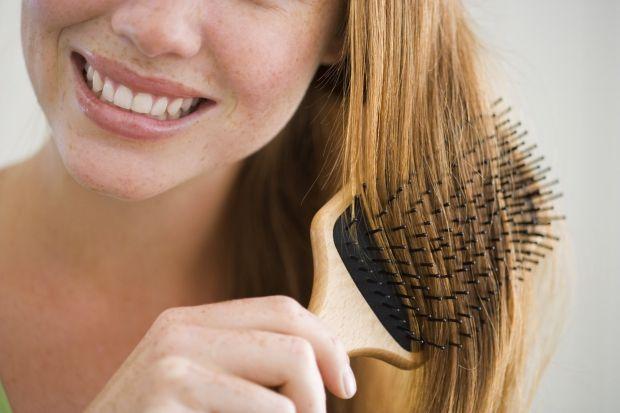 Как расчесать запутанные волосы? 10 способов