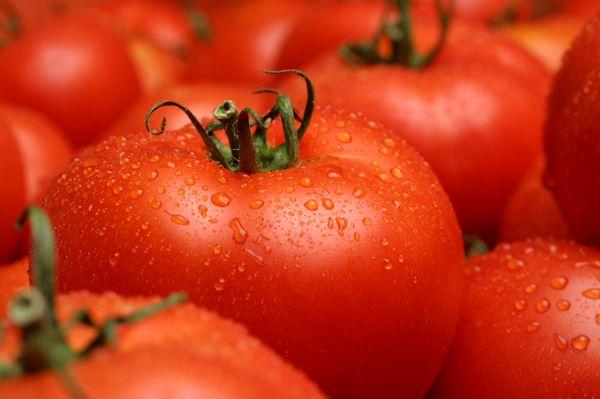 Маска для волос из томатной пасты. Дешево, популярно и эффективно