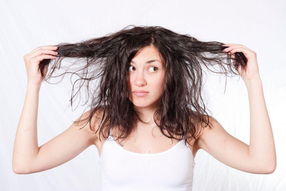 Волосы сухие как солома? Выход -  правильный уход за волосами