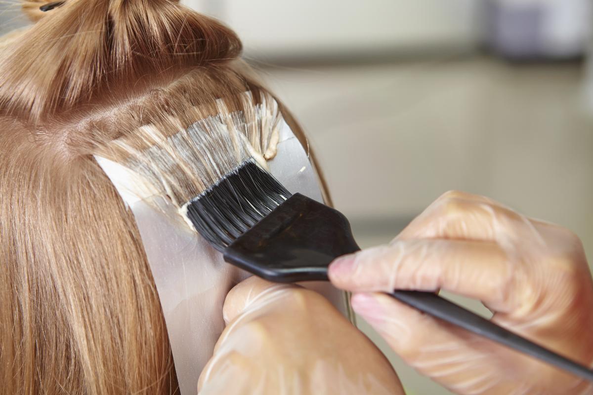 Чем закрасить седину без вреда для волос? Хна, кофе, чай и другие средства