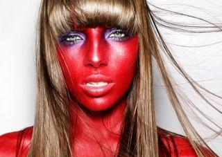 Что делать, если после солярия красное лицо? Экстренные меры