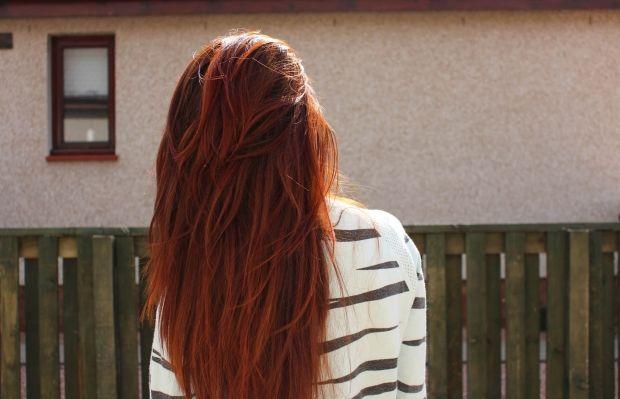 Через сколько можно красить волосы после покраски? Сроки и советы
