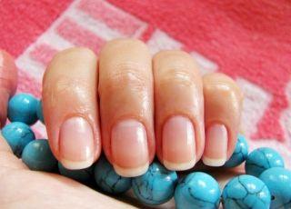 Как запечатать ногти воском? Пора учиться делать самой