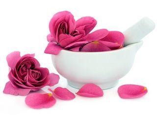 Как сделать лосьон из лепестков роз в домашних условиях? Пошагово и доступно