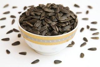 Можно ли поправиться от жареных семечек? Популярный вопрос