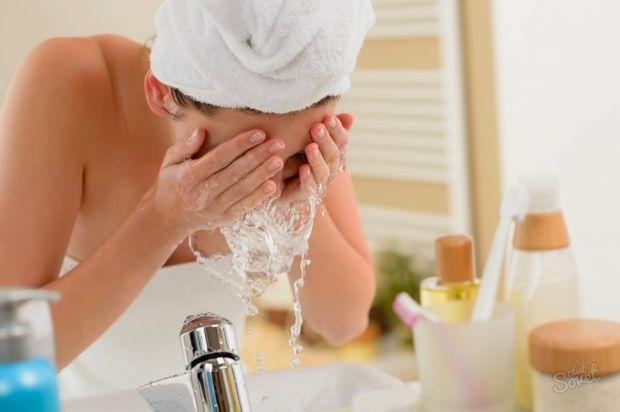 Как правильно умывать лицо? Основные тонкости и ошибки