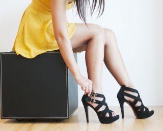 Как быстро научиться ходить на высоких каблукахи шпильках? Женственность и сексуальность
