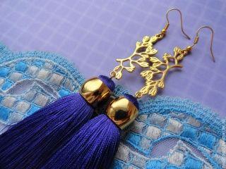 С чем носить серьги-кисточки? Великолепный штрих образа