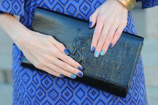 Какой цвет лака подойдет к синему платью? Правила сочетания