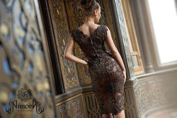 С чем носить коричневое платье? Цвет, который любят звезды Голливуда