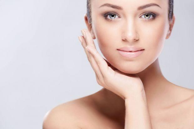 Как замаскировать и скрыть носогубные складки с помощью макияжа? Правильные техники