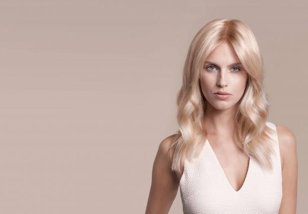 В какой цвет можно покрасить русые волосы? Список и советы
