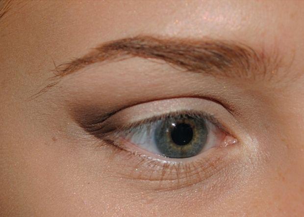 Как растушевать карандаш для глаз? Вопросы пары минут