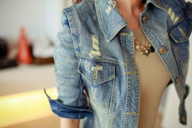 С чем носить женскую джинсовую куртку? Популярная классика