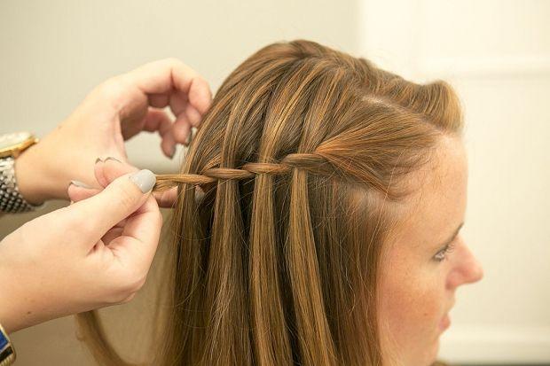 Как делать причёску водопад? Все можем сами