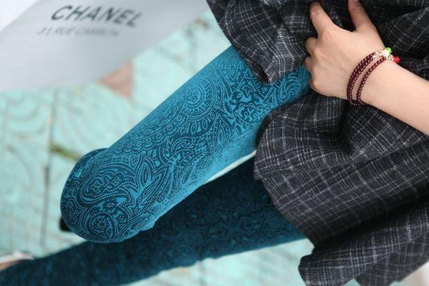С чем носить бархатные леггинсы? Актуальные советы