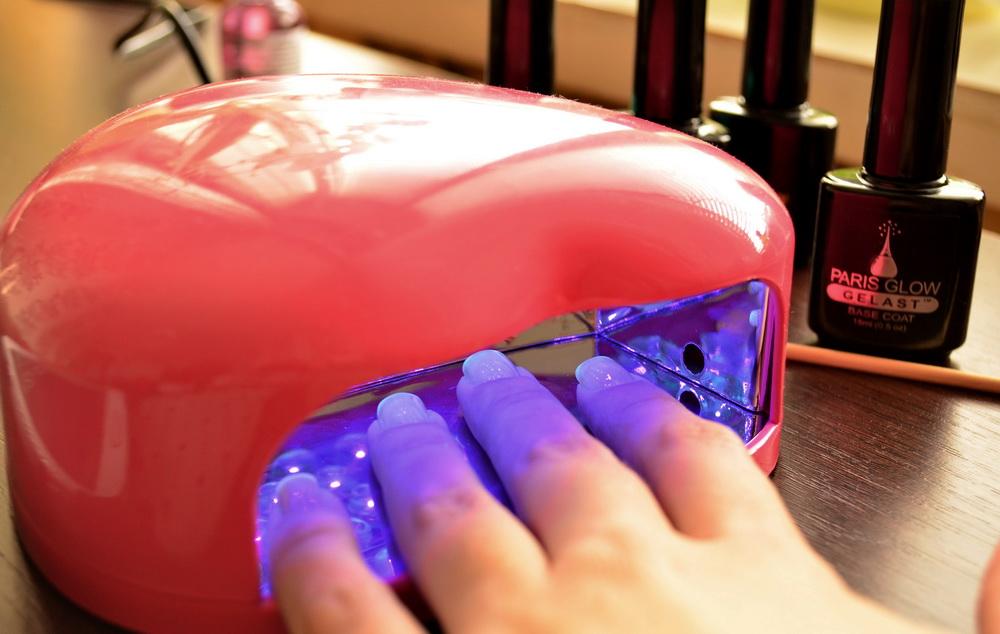 Сушит ли уф лампа обычный лак для ногтей