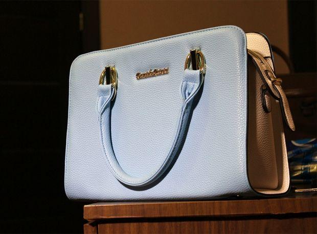 Какую сумку носить с пуховиком? Эффектный образ