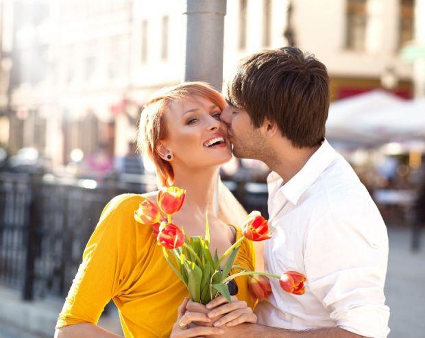 Признаки, как ведет себя влюбленный мужчина. Запоминай и делай выводы