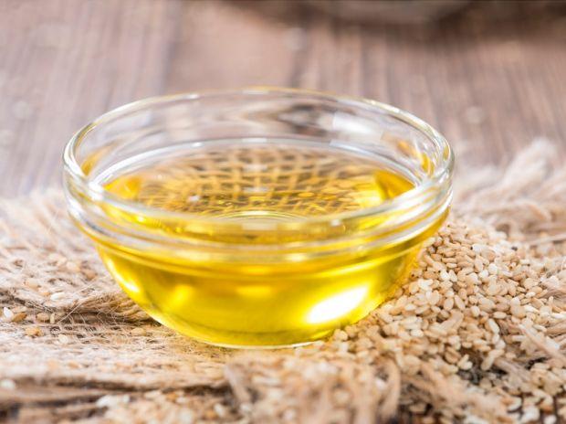 Применение кунжутного масла в косметологии. Маски, лосьоны и спреи