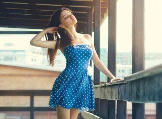 Какой сделать макияж к синему платью? Список вариантов