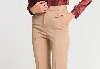 С чем носить бежевые брюки? Подчеркиваем чувство стиля